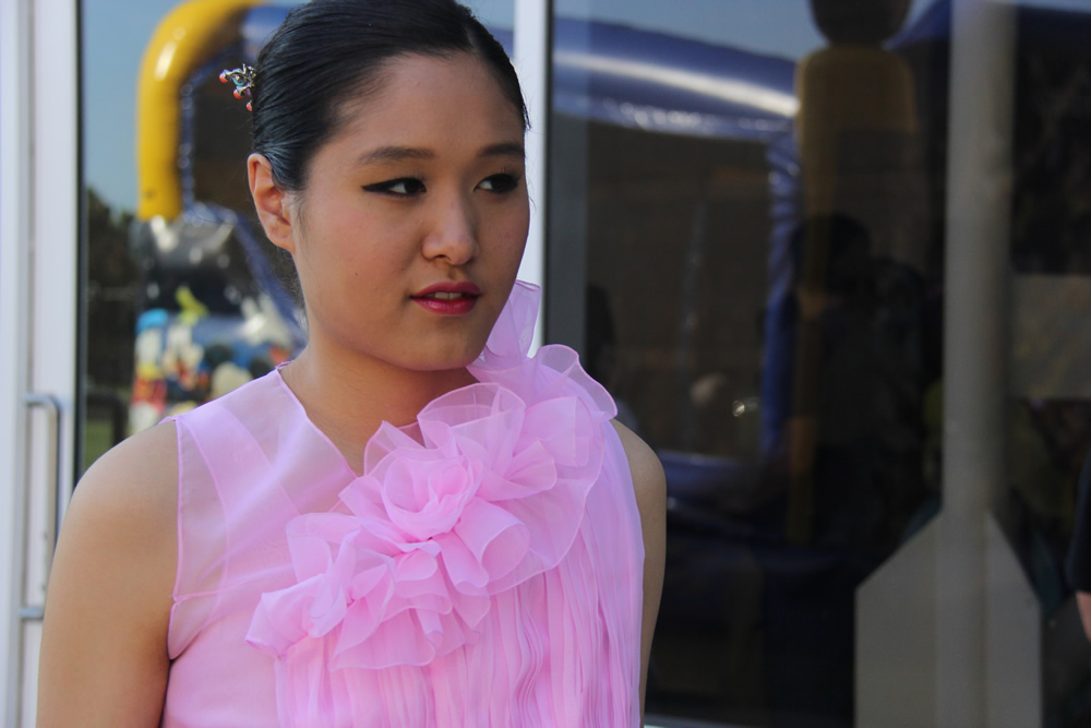 asian dating irvine Demographic changes brought about by the recent influx of immigrants from asia and latin america have the potential to alter race relations in the united states but if a study by uc irvine sociologists is any indication, the cross-cultural revolution is not going to be launched on the internet dating scene,.